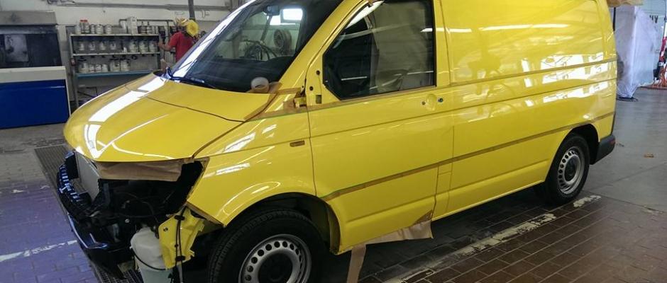 Speziallackierung-Firmenfahrzeuge_1
